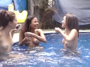 Bianca_and_lucy webcam show 2015 May 08-23.19