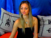 Dollwannaplay / Sinntia nude pussy and playing, video 2