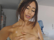 FloraBella & Paprika - Getting Oily With My Sister