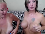 lilsexymommy free webcam show 2013 August 25